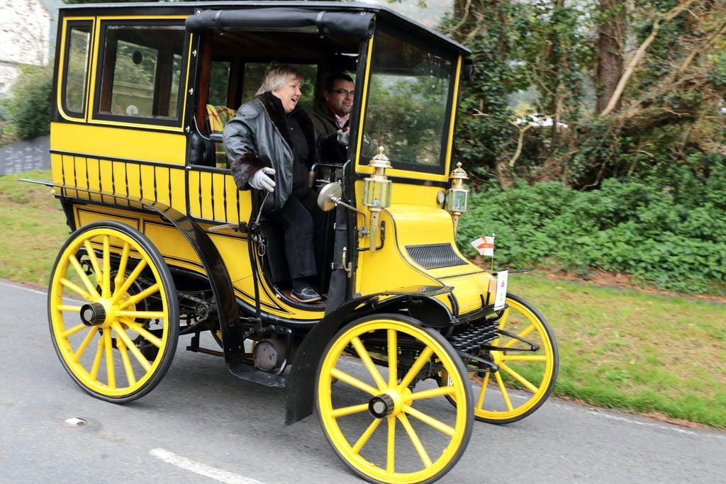 Delahaye-Limousine-o-automobilima